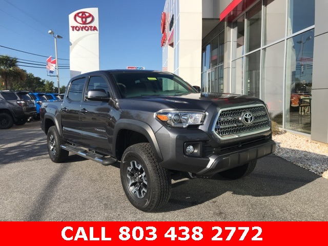 Pre-Owned 2016 Toyota Tacoma TRD Offroad